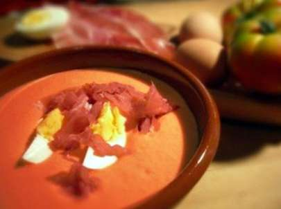Spanish Chilled Soup: Salmorejo cordobés